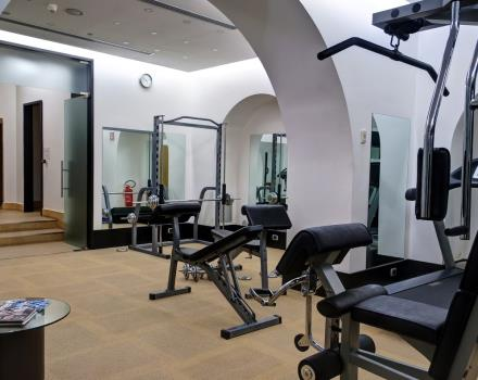 BW, 4-star Hotel Universo in Roma, has a gym equipped with Technogym